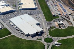 las-naves-industrialesy-malls-lideran-inversion