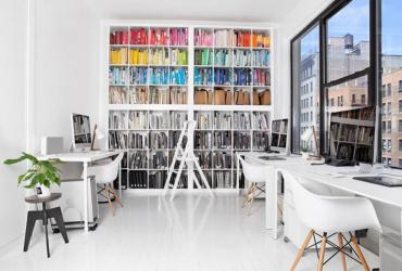 Iluminación, sonidos y colores: tips para mejorar los espacios de trabajo