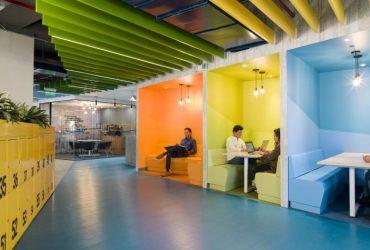 Diseños para 4 generaciones que comparten espacio en la misma oficina