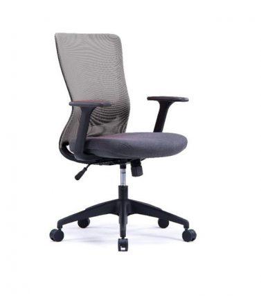Silla operativa con respaldo de malla, siento tapizado, base de 5 puntas con ajuste de altura y reclinación.